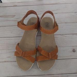 🍀🌸 Brown sandals by Brass 🍀🌸🍀